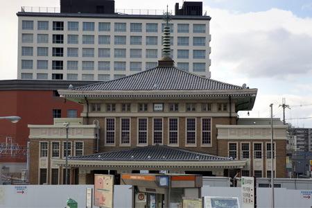 JR奈良駅舎表側