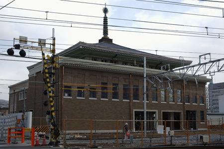 JR奈良駅舎裏側